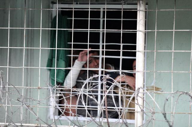 En las celdas de aislamiento la seguridad es extrema.