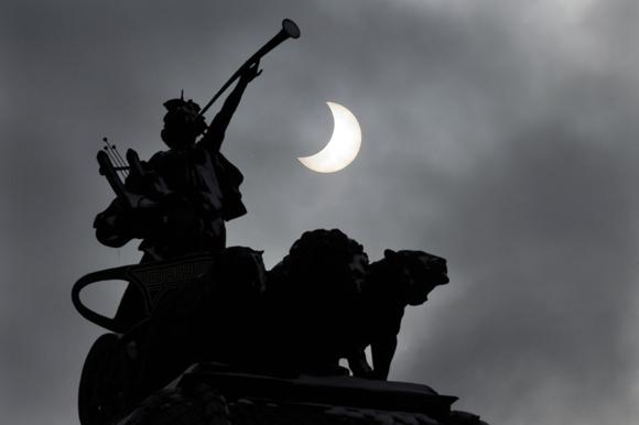 BULGARIA-ASTRONOMY-EUROPE-ECLIPSE