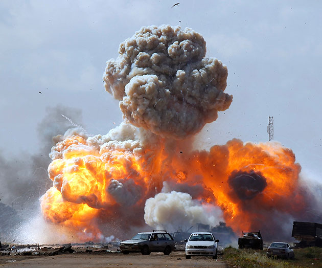 ¡Bombardeo en Libia!