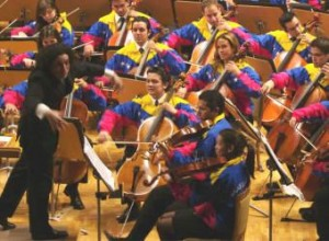 Gustavo_Dudamel_dirige_Orquesta_Sinfonica_Juventud_Venezolana_Simon_Bolivar_concierto_Espana
