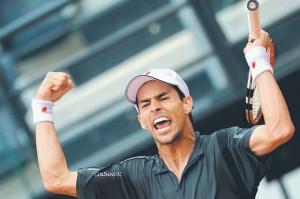 El tenista pereirano Santiago Giraldo y su inclinación por la política.
