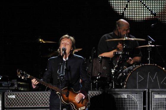 Paul McCartney en su concierto en Bogotá. Crédito: EFE