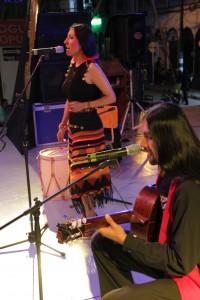 presentación del dueto Albur.