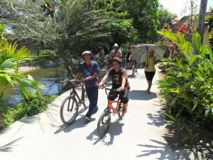 Going around Aracataca on a bike. Hostel The Gypsy Residence
