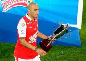 Omar Pérez y su premio de consolación / EFE