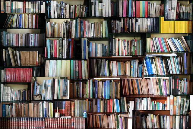 Acceso a Más de 1.000.000 de Libros Físicos en Colombia