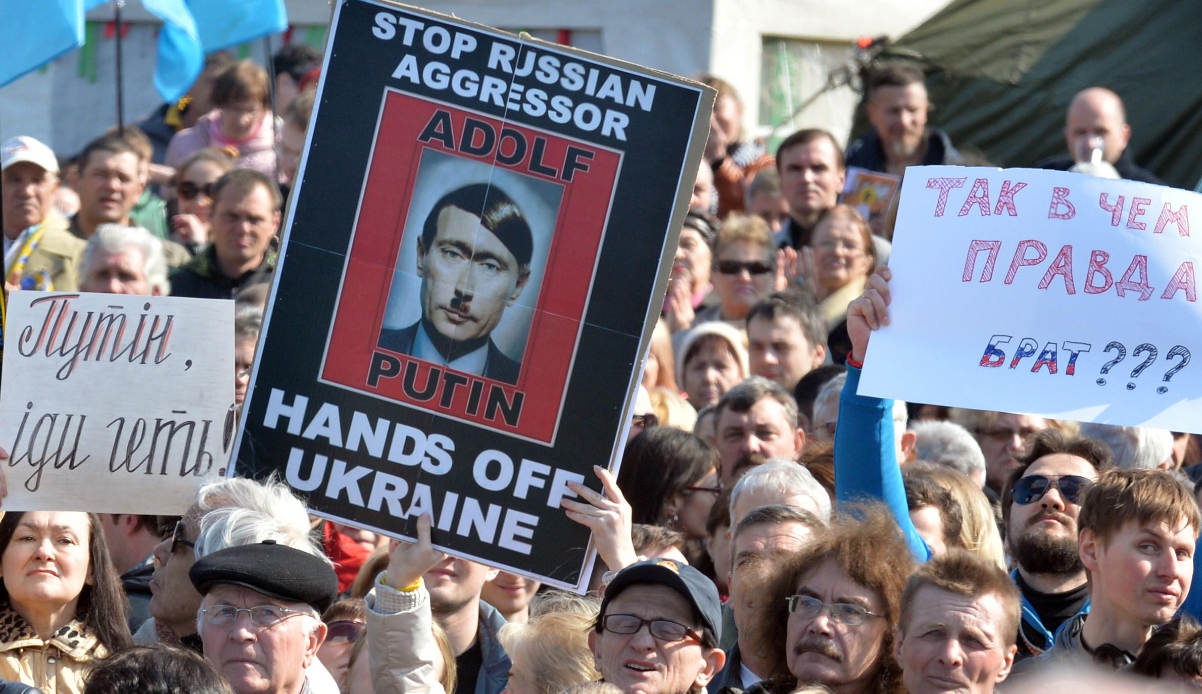 UKRAINE-RUSSIA-POLITICS-CRISIS-PROTEST