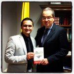 fabian  con el embajador de Colombia en España Fernando Carrillo