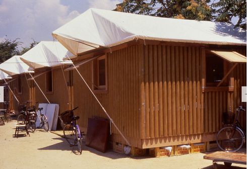 Shelter for refugees after the Kobe earthquake (1995). These 16-square-meter structures elegantly proved Ban's cardboard concept; tubing could be used as load-bearing structures, and could be made both waterproof and flame-resistant. Beer crates were used for support.
