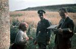 Bundesarchiv_R_165_Bild-244-71_Dr._Robert_Ritter_mit_alter_Frau_und_Polizist.jpg