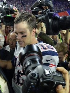 Tom Brady, el mariscal que guió a los Patriots al título.