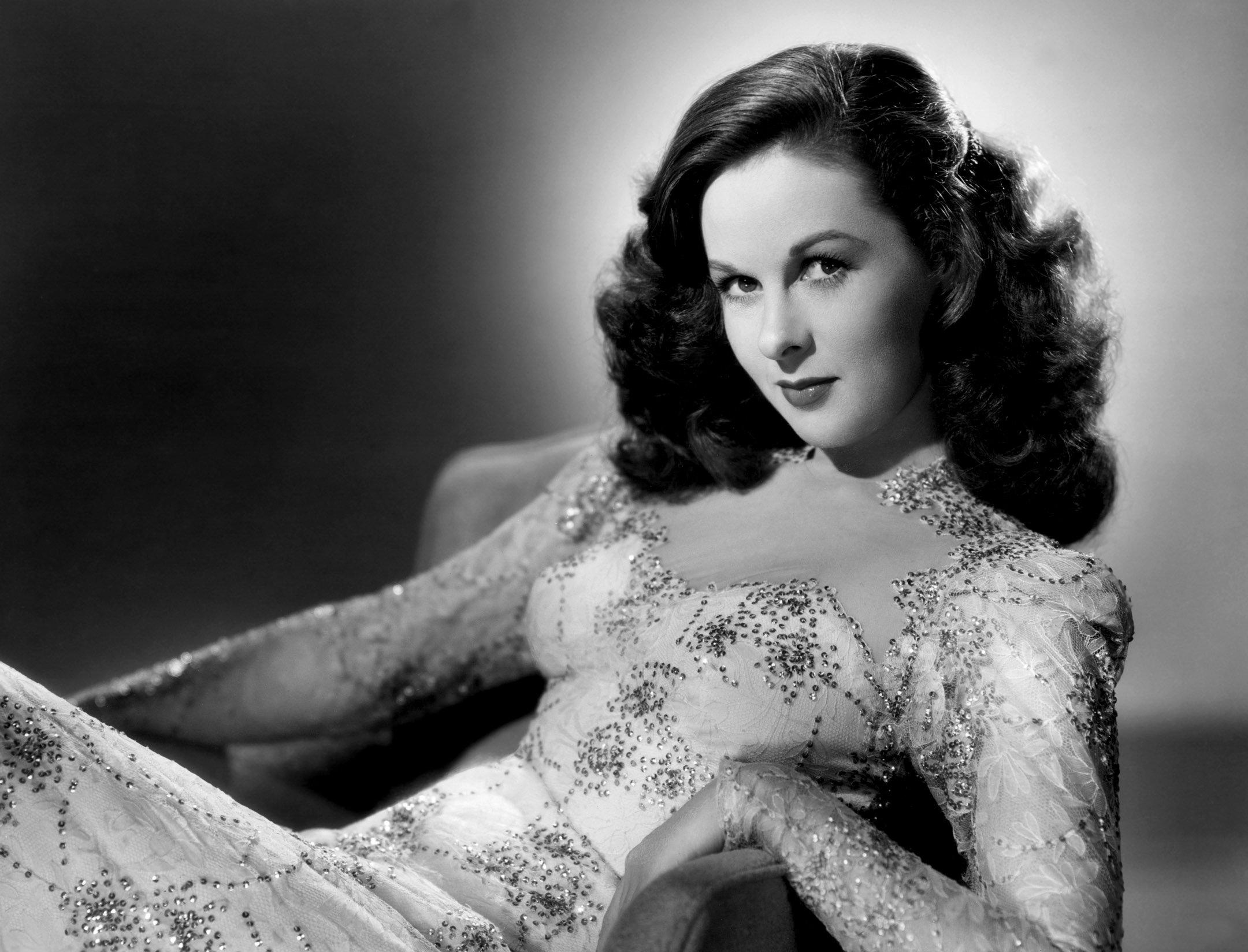 SUSAN HAYWARD - 1946