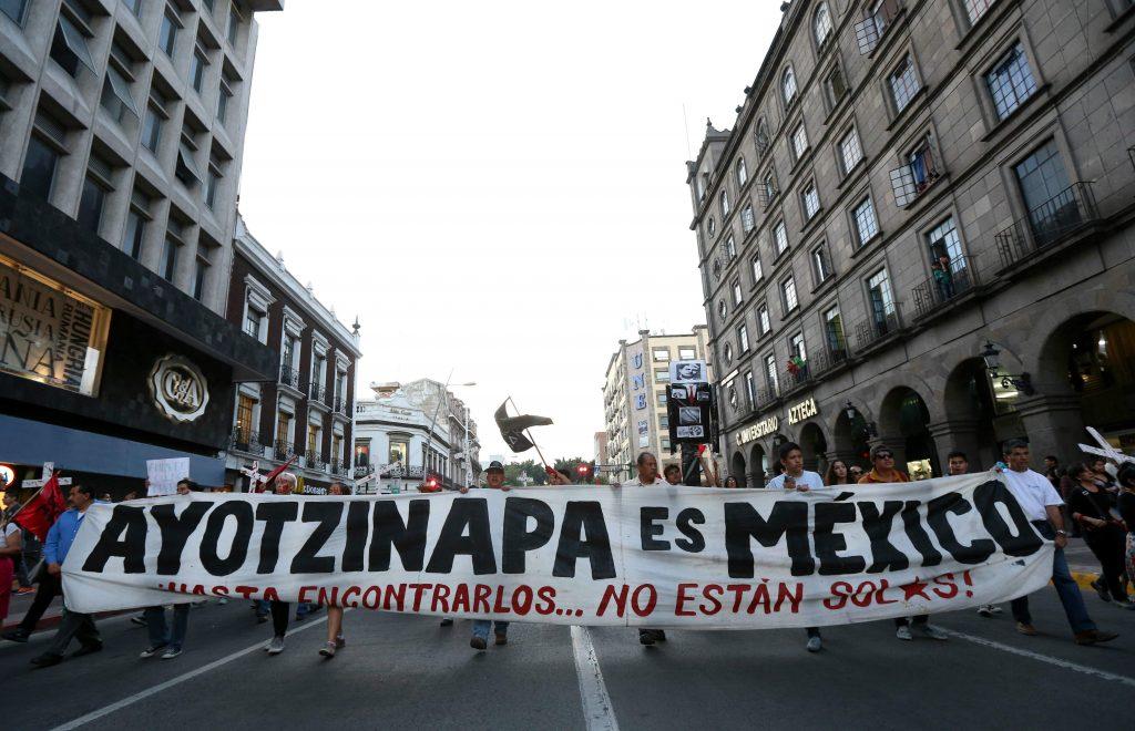 ayotzinapa efe-1