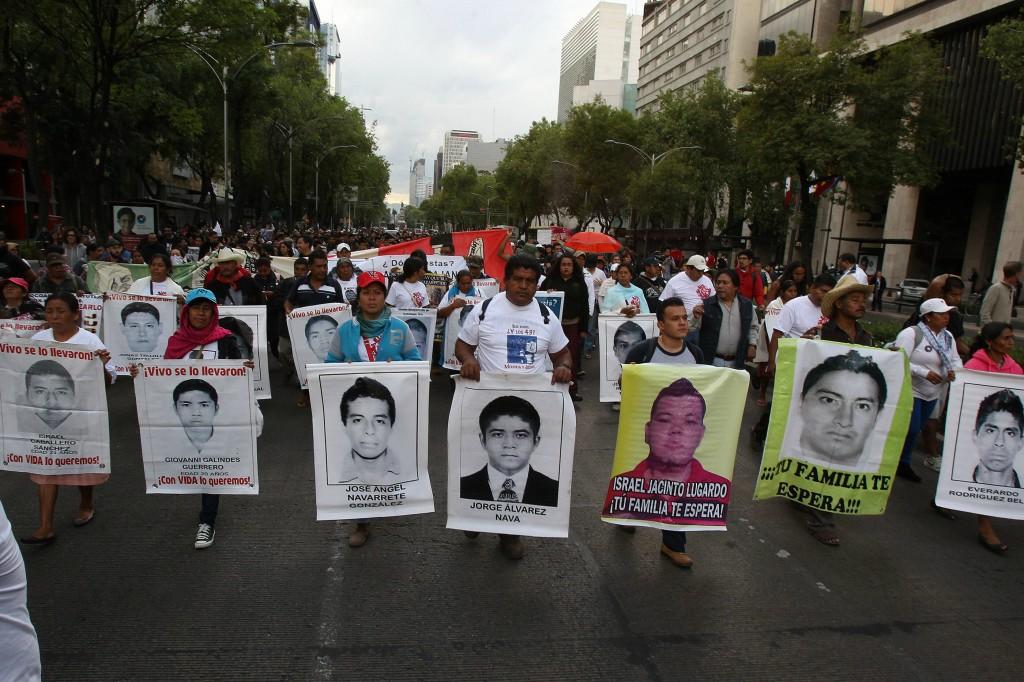 ayotzinapa efe 2-1