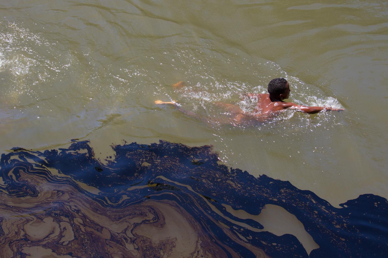 Fotos de derrame de petroleo en monagas 9