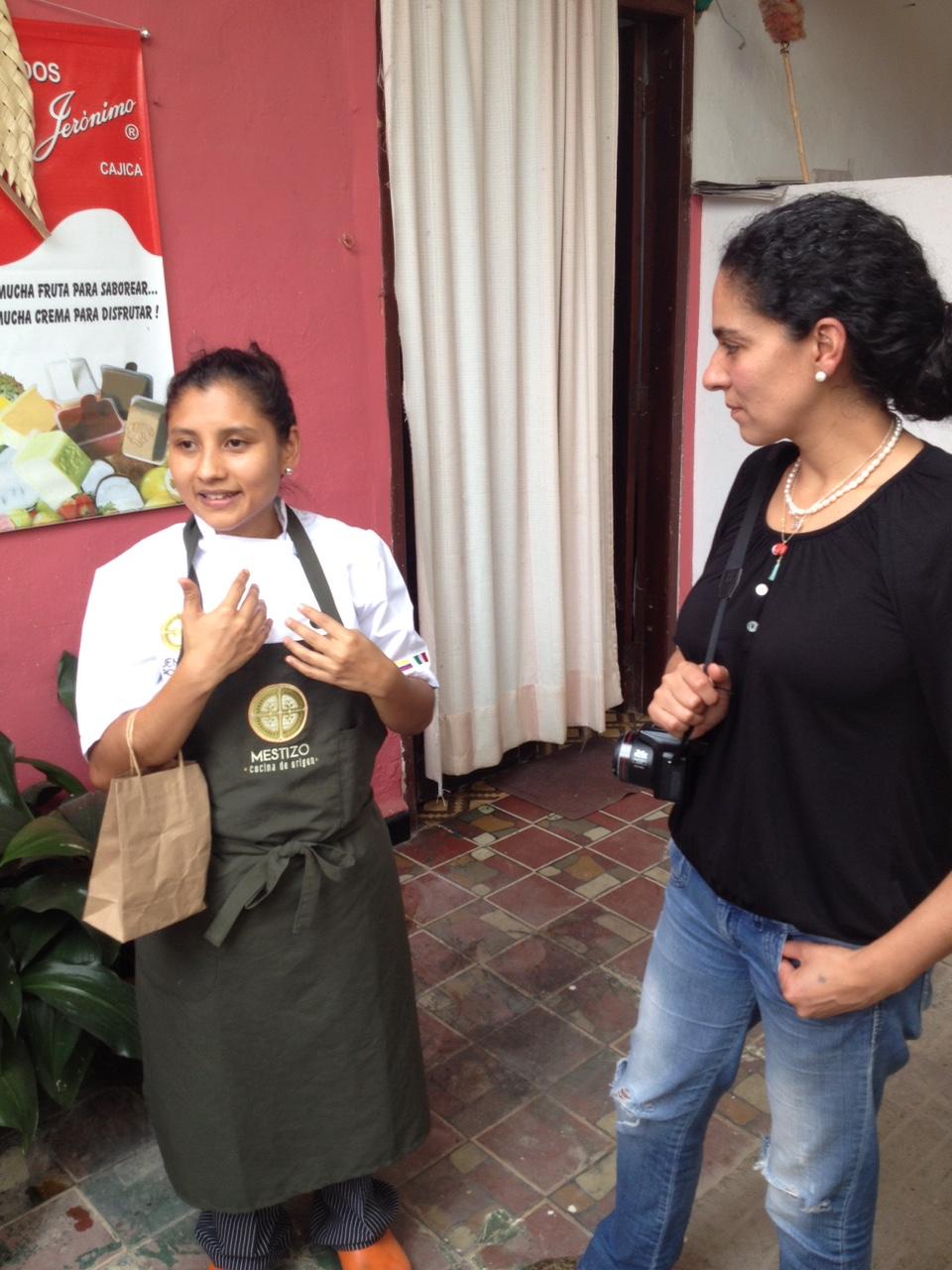 Las cocineras jefe de Mestizo, Jennifer Rodríguez, y de Mini-Mal, Antonuela Ariza.