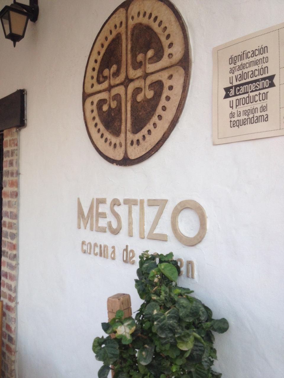 Restaurante Mestizo en Mesitas de El Colegio
