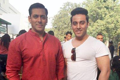 Doble Salman Khan_ACNUR S.Mehta