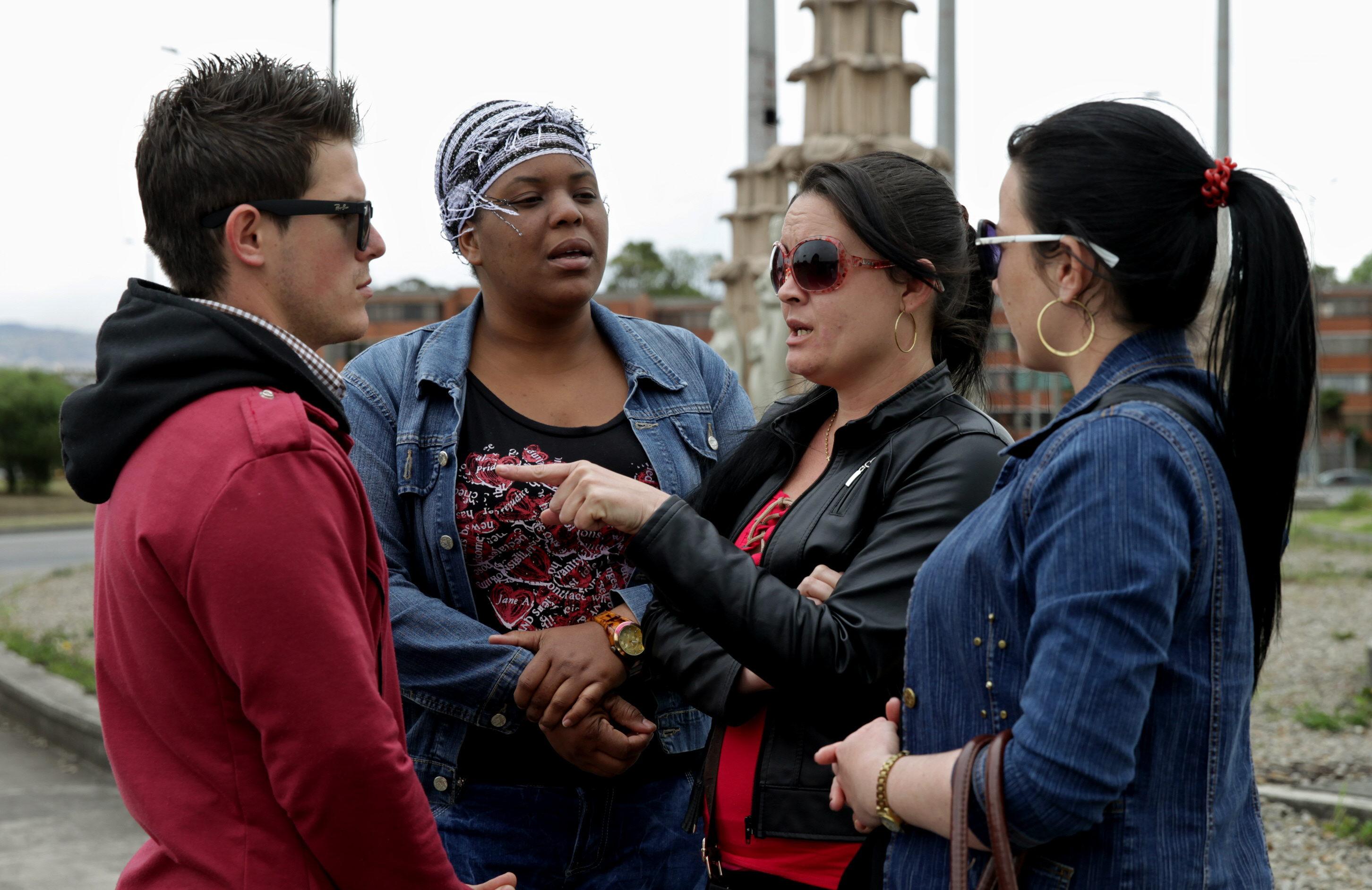 ODISEA DE MÉDICOS CUBANOS QUE SUEÑAN CON EE.UU. PASA POR VENEZUELA Y COLOMBIA