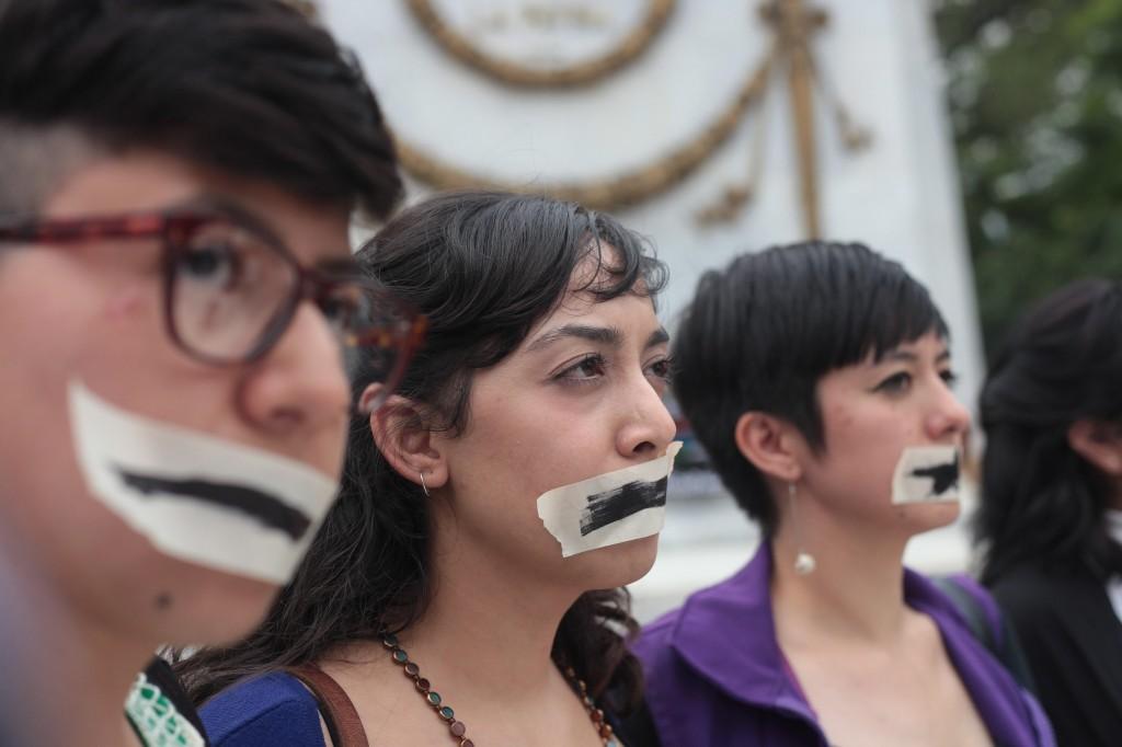 DIVERSOS COLECTIVOS EXIGEN JUSTICIA EN CASO DE MULTIHOMICIDIO EN MÉXICO