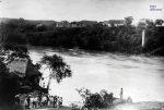 Río-Magdalena-puerto-de-Girardot.-Fotografía-de-Julio-Racines-ca.-1920.jpg