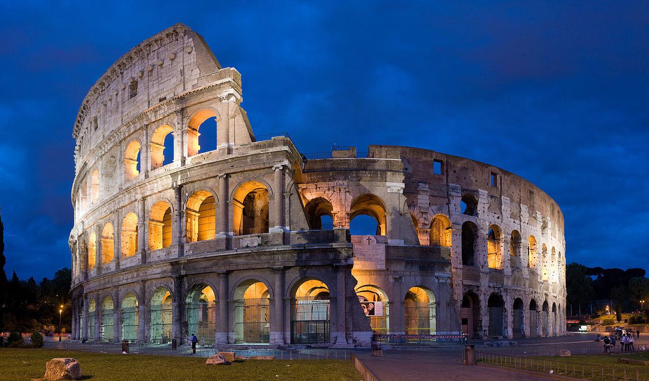 Coliseo romano, foto tomada por David Iliff, licencia: CC-BY-SA 3.0