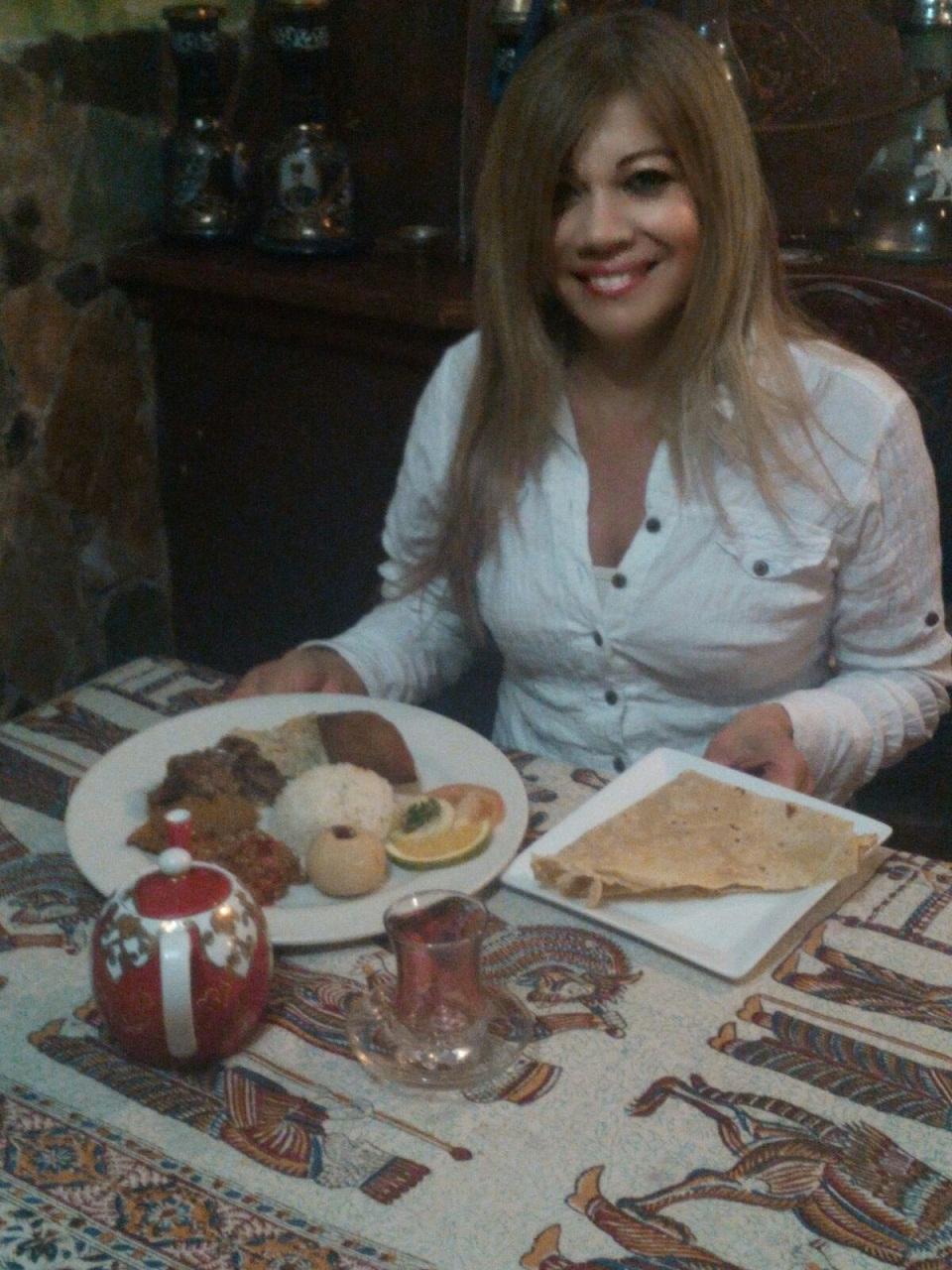 La verdadera Scheherezada del restaurante es Janeth Perdomo, quien encanta a sus clientes con sus elaboradas preparaciones