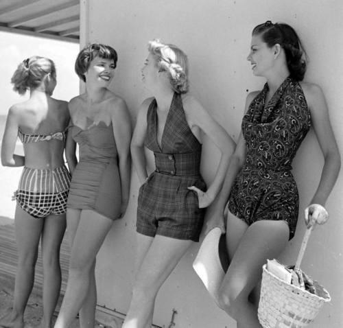 Mujeres vacaciones vintage