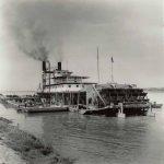 Macondo.-Barco-de-vapor.-Río-Magdalena-Colombia.-Fotografía-de-Leo-Matiz-ca.-1950.-.jpg