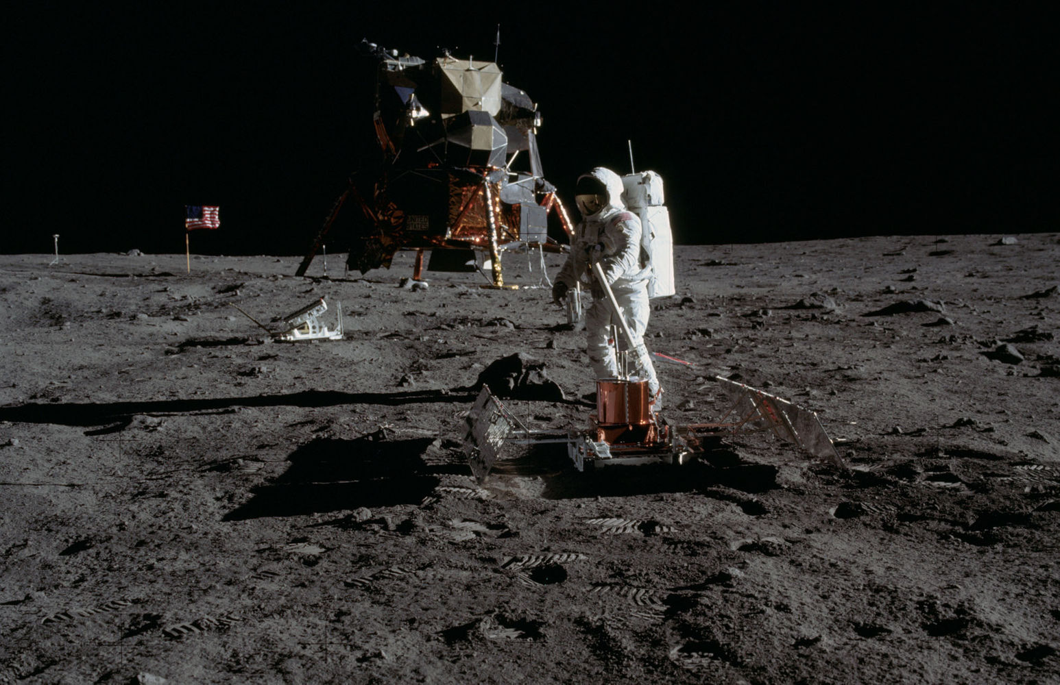 apollo11-moon-landing-july20-1969