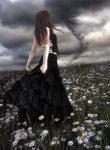 Laura-bajo-tormenta.jpg