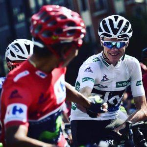 "Nairo y Froome se saludan en la salida de la ""etapa reina"" de La Vuelta 2016"