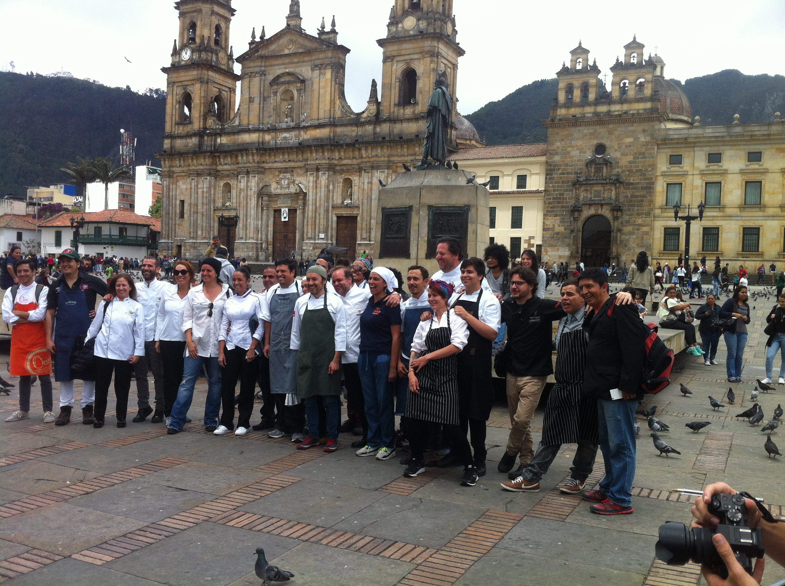 Los cocineros que sirvieron en agosto más de 2000 platos de sancocho en solidaridad con el campo colombiano y la soberanía alimentaria