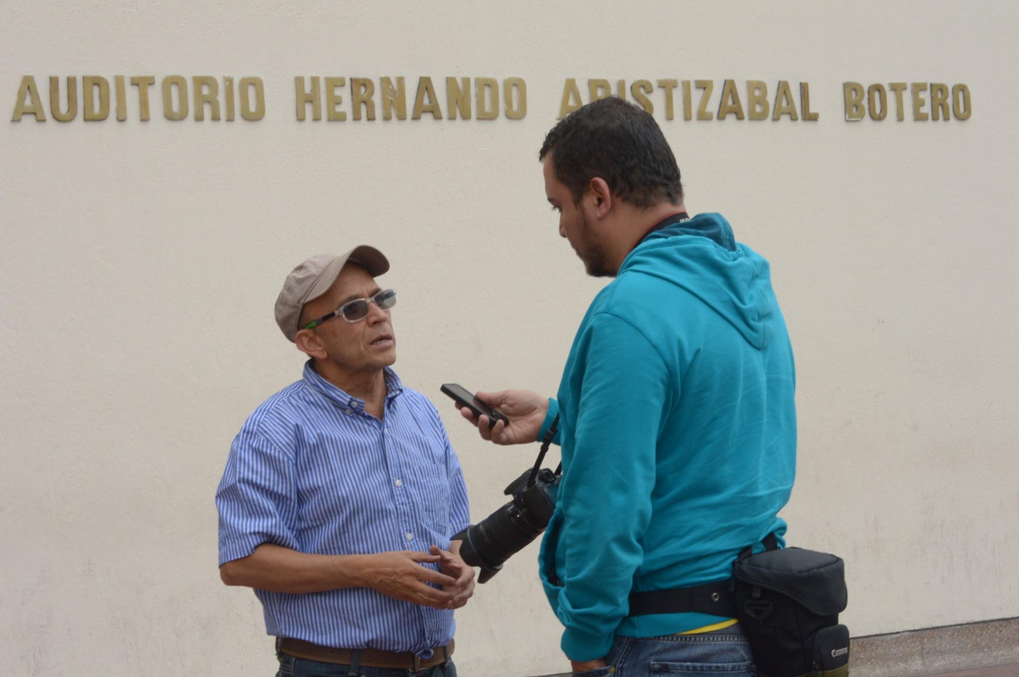 Con Cesar Badillo, actor del Teatro La Candelaria