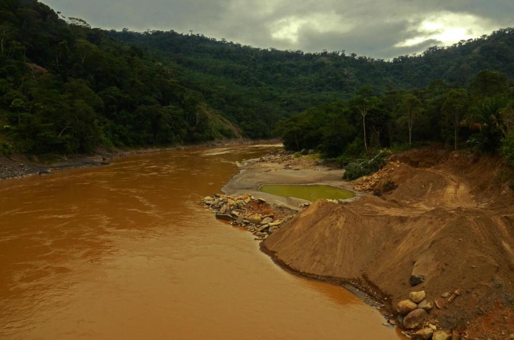 mineria-pueblos_indigenas-biodiversidad-conflictos-oro-5