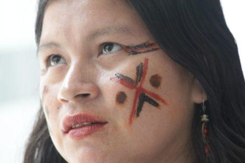 Diana Ríos, de la comunidad Alto Tamaya Saweto en la región Ucayali. Foto: Lorena Flores Agüero.