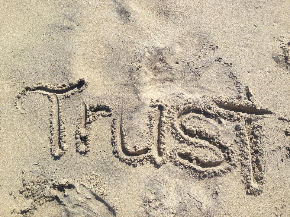 trust-1418901_960_720