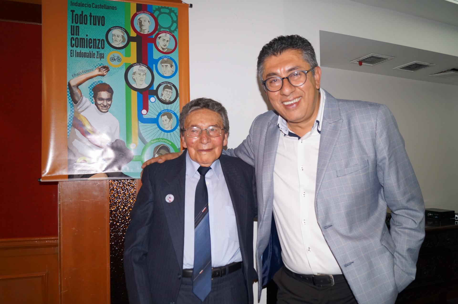 Efraín Forero e Indalecio Castellanos en el lanzamiento del libro
