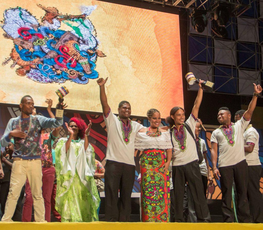 Mar Afuera, agrupación de Buenaventura, ganadora en Modalidad Libre en Petronio 2016. Foto: Diego Sinisterra, Comunicaciones Alcaldía de Cali.