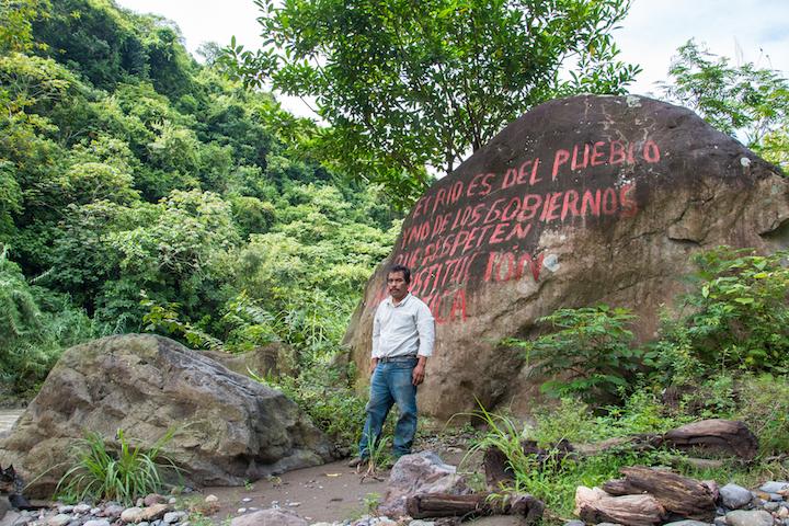 """""""Guardianes del Río Ajajalpan"""" llevan más de cuatro años luchando contra la instalación de la hidroeléctrica en el río Ajajalpan. Foto: Martina Zoldos."""
