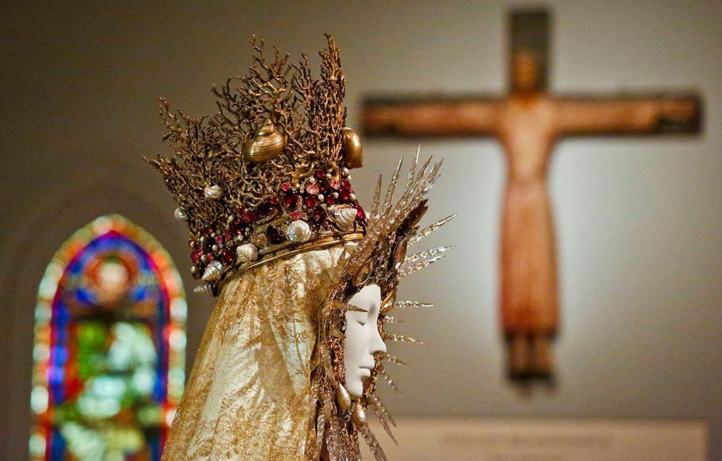 Moda y catolicismo la ltima reflexi n de vogue y el for Metropolitan museum of art fashion