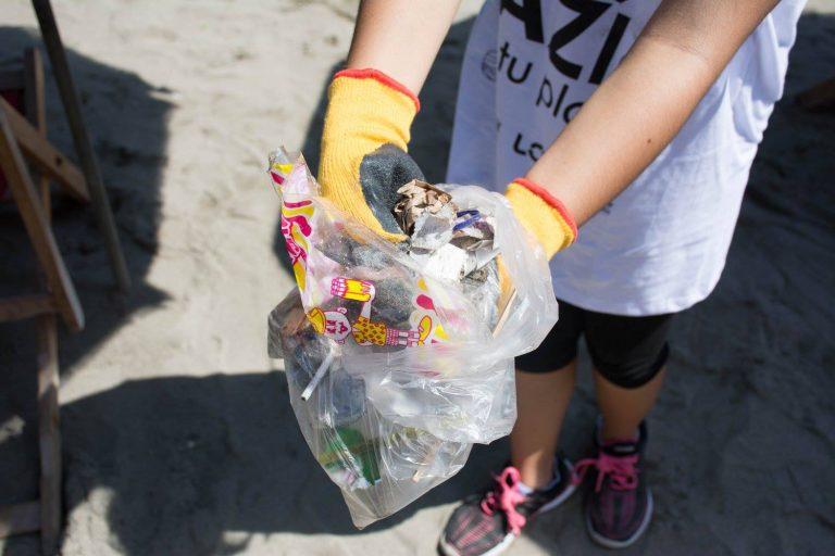 Campañas de limpieza se realizan en las playas peruanas todos los años. Foto: L.O.O.P