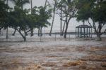 El huracán Lane se degrada a categoría 3 mientras se aproxima a Hawái