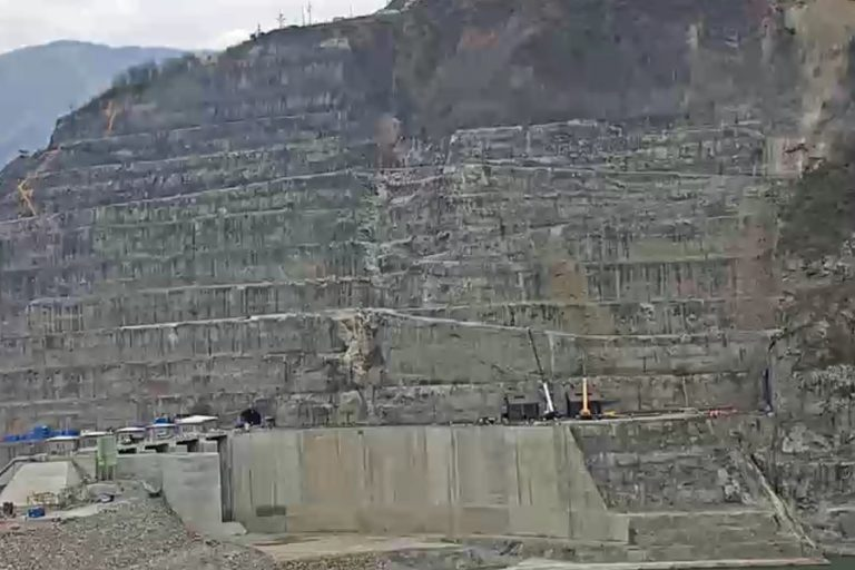 Proyecto Hidroituango durante el cierre de la compuerta 1 el 5 de febrero 2019. Foto: EPM