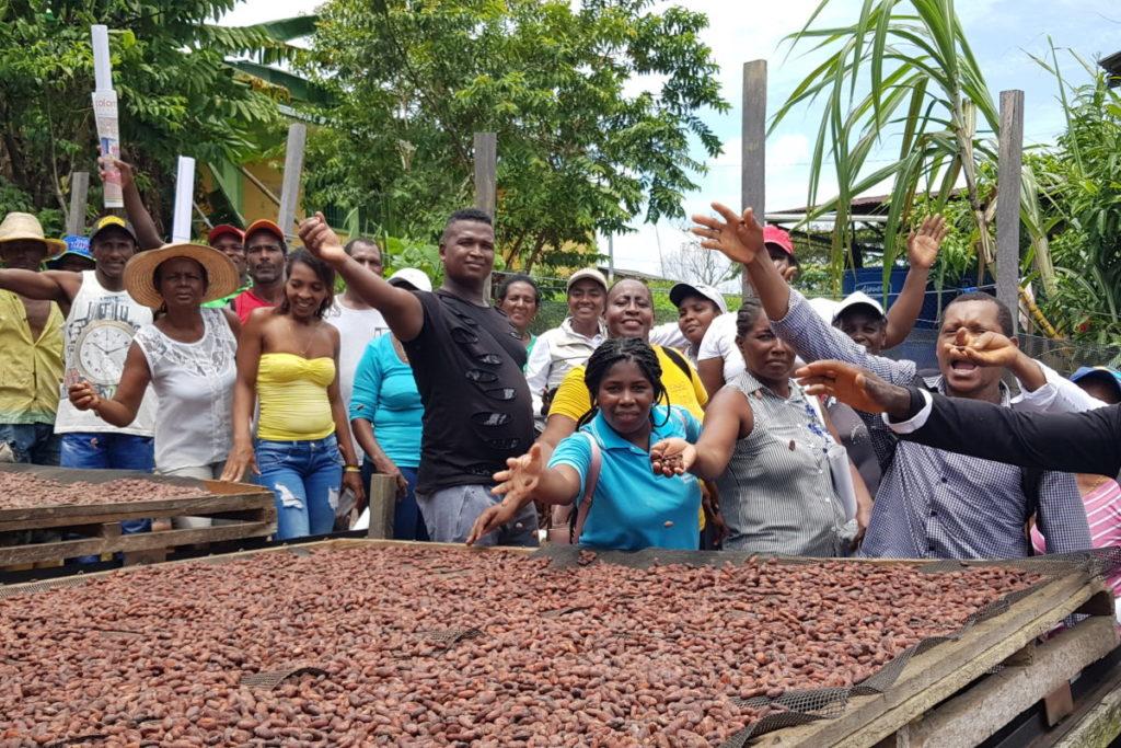 Gira de calidad con productores en la Vereda Bocas de Curay. Foto: Consejo Comunitario de Bajo Mira y Frontera.