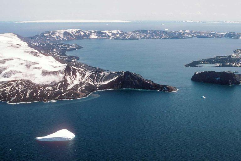 Isla Decepción, Antártica. Foto: thescuttlefish.com