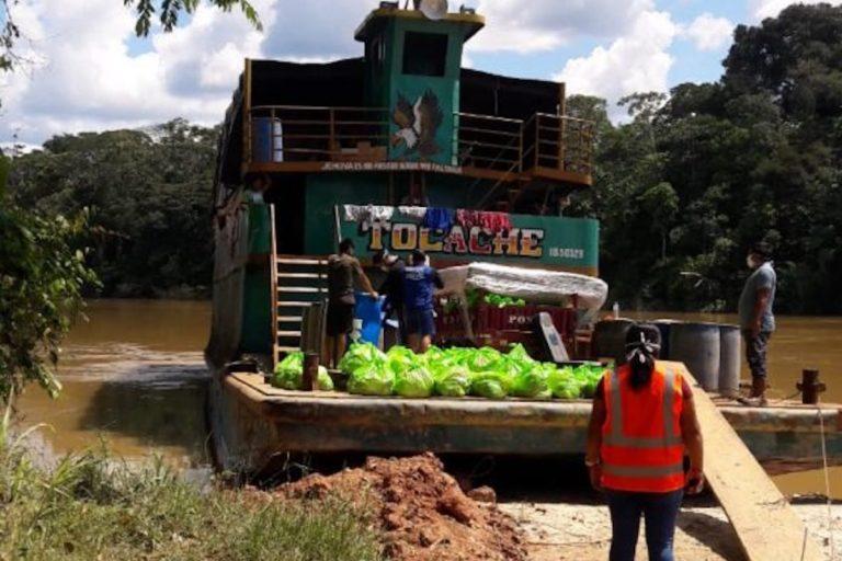 Embarcación Tocache que recorrió comunidades del río Corrientes. Foto: Comunidad de Pucacuro.